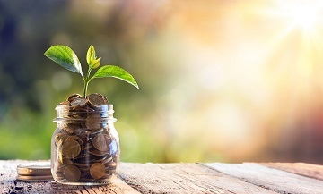 5 tips to help employees engage with their finances and improve their financial wellbeing.