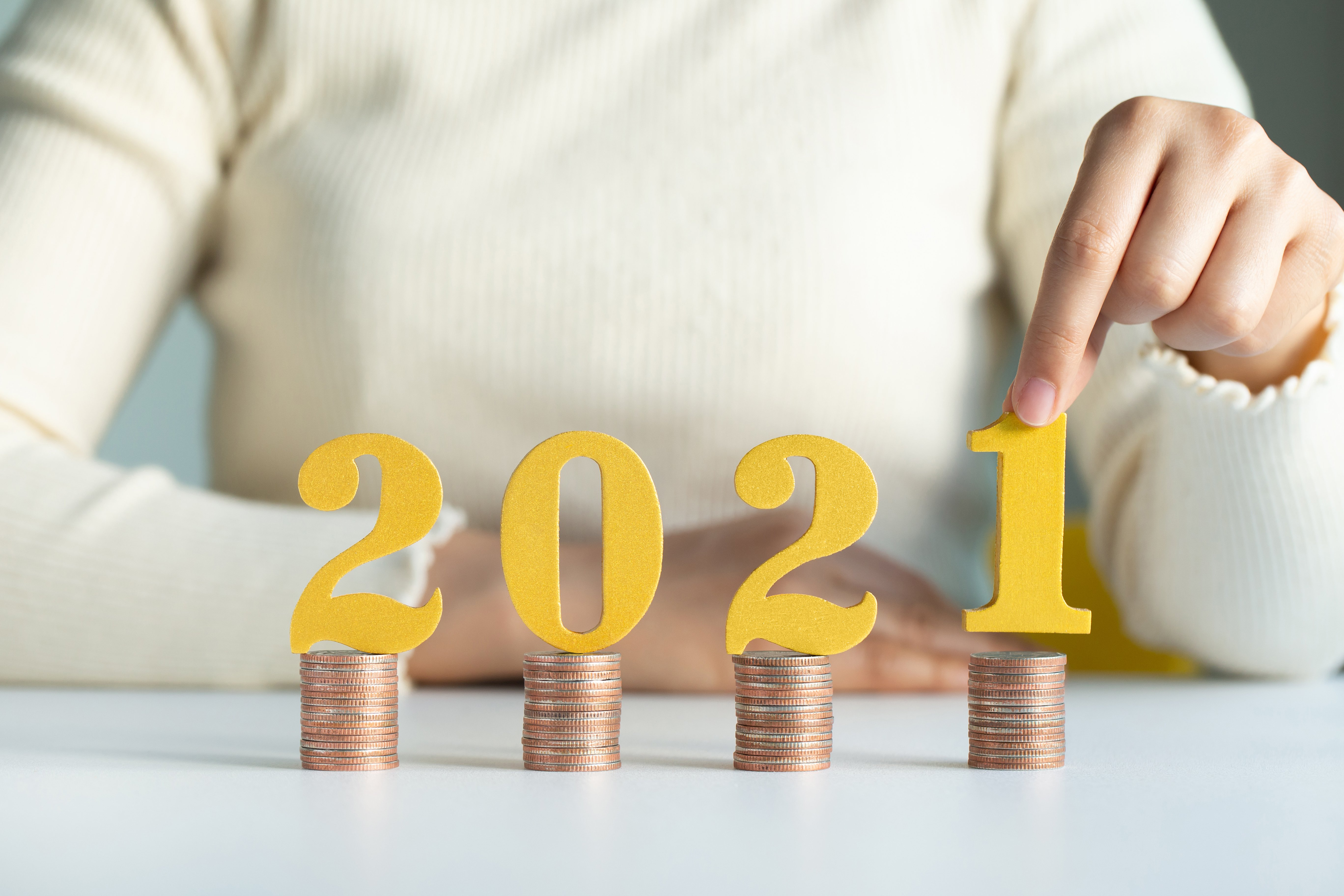 New Year financial resolutions for uncertain times.