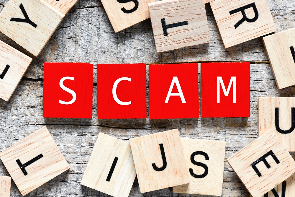 Wooden,Letters,Spelling,Scam